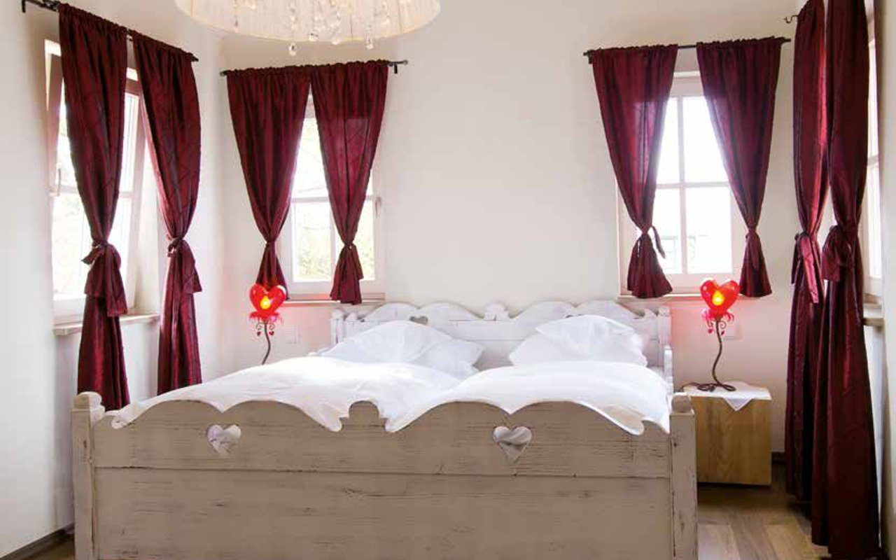 Schönes Ambiente der Hotelzimmer vom Landhotel Der Grieschäfer