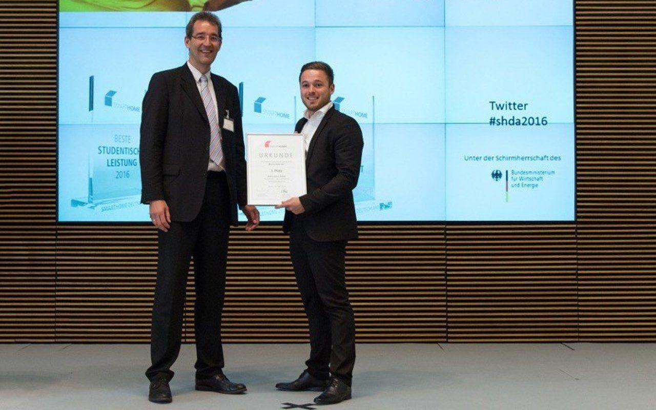Preisverleihung und Urkundenübergabe des Smart Home Awards 2016